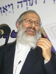 הרב אבינר. צילום: ויקיפדיה