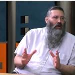 """הרב מיכאל אברהם: """"אין שום איסור על זוג חד-מיני לגדל ילד"""""""